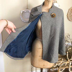 Grey Wool Cape Capelet Coat w Large Vintage button